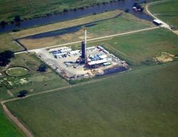 2011_LA_Godzilla_SouthErath_OVMoss-1a-drilling